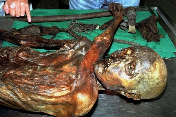 10 little known facts about the ice mummy of Ezi whose age is 5300 years
