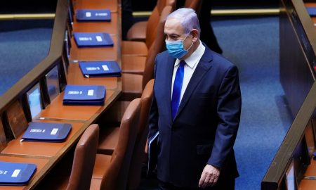Israel finance minister promises budget by December, another official quits