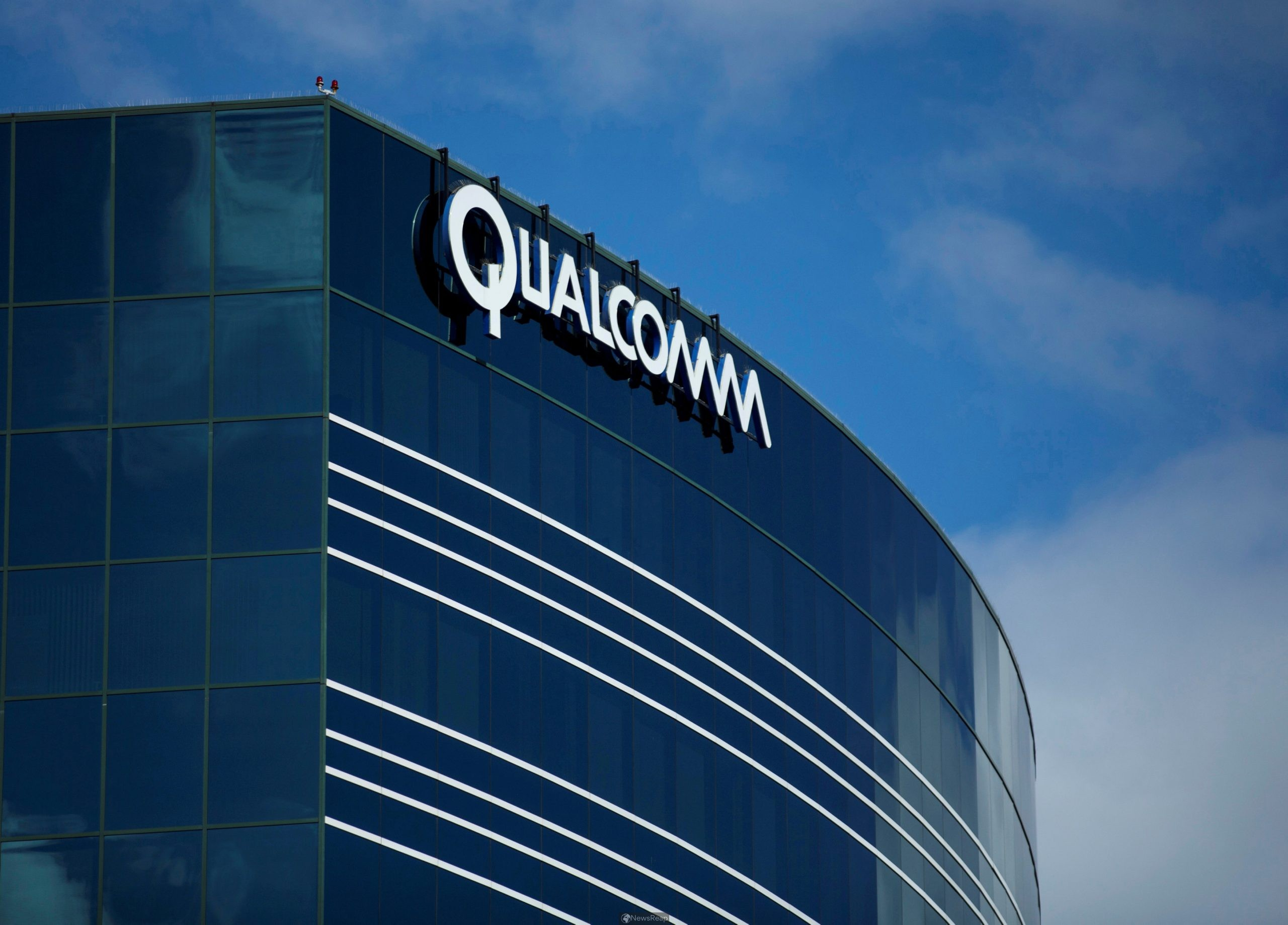 Qualcomm eyes challenge to Apple, Intel with $1.4 billion deal for chip startup