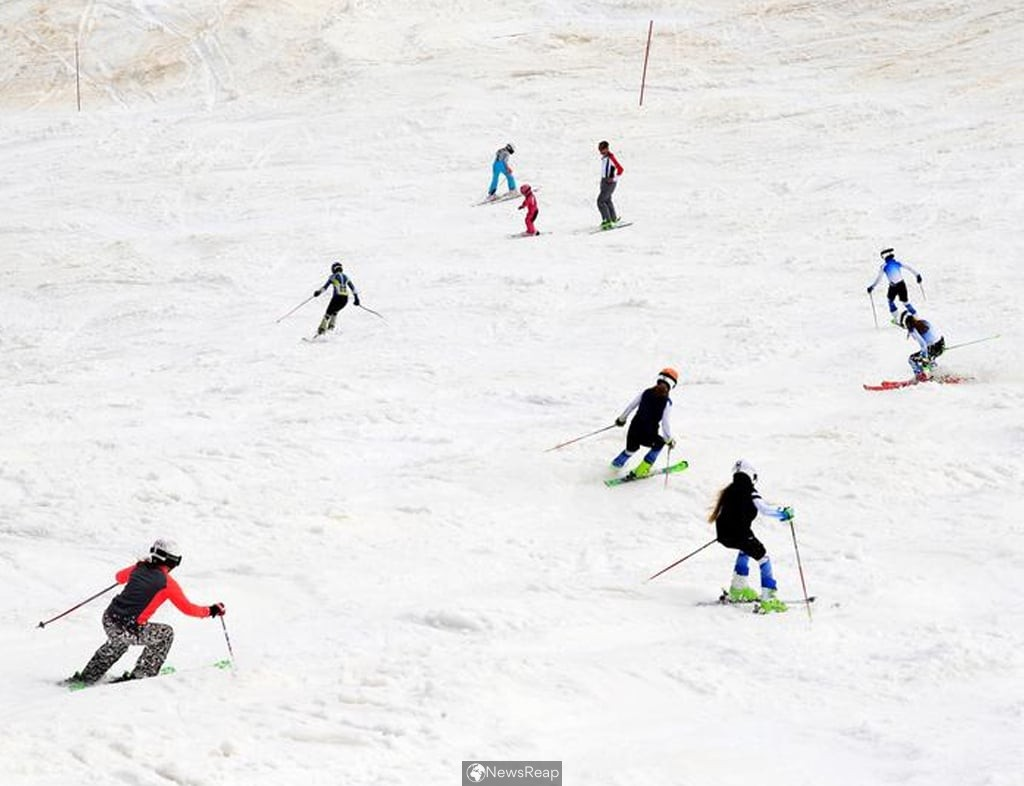 Austria finds 96 foreigners in breach of lockdown rules at top ski resort