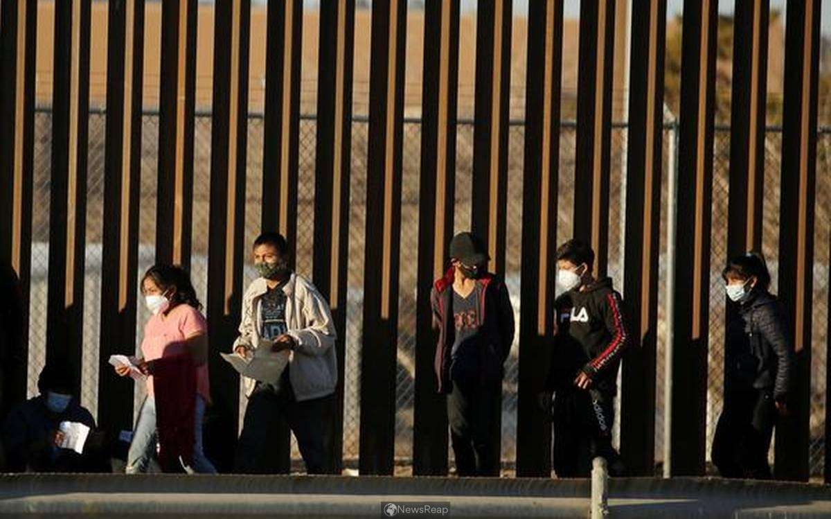 As asylum camp swells at U.S.-Mexico border, Biden aide calls for patience