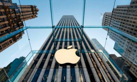 Apple removes 39,000 game apps from China store to meet deadline