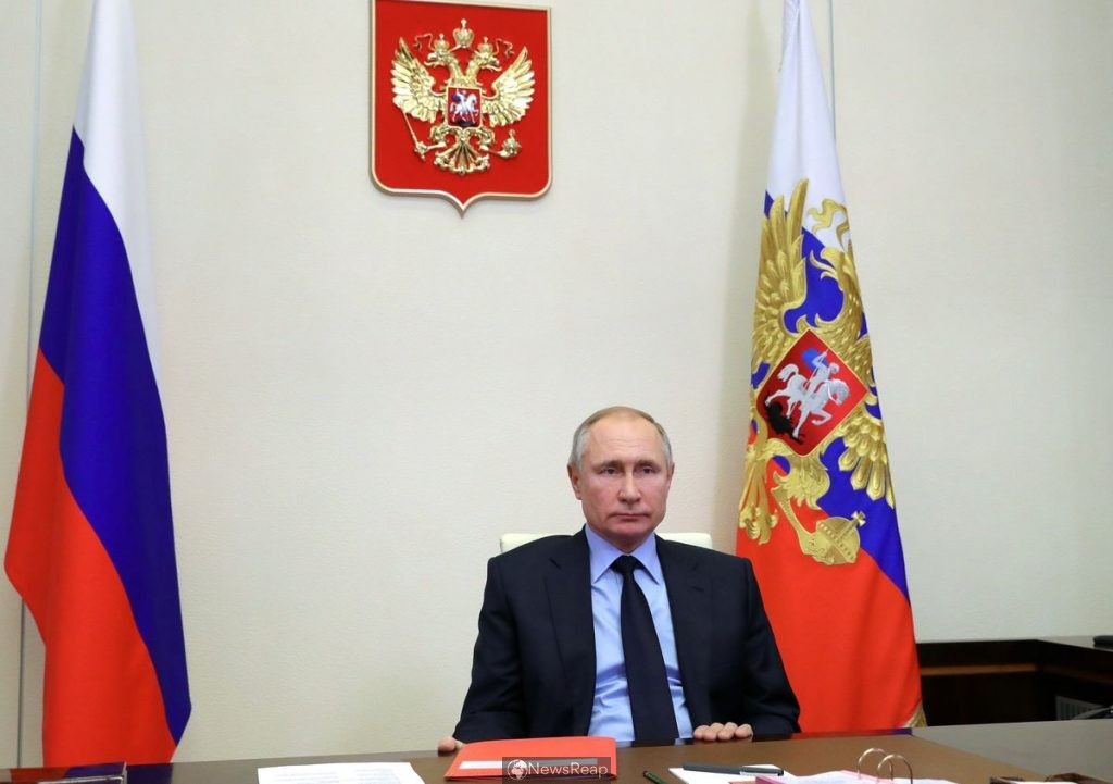 Kremlin accuses U.S. of meddling in affairs, but says ready to talk