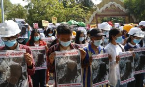 Myanmar protester dies after 10 days on life support; pressure on army grows