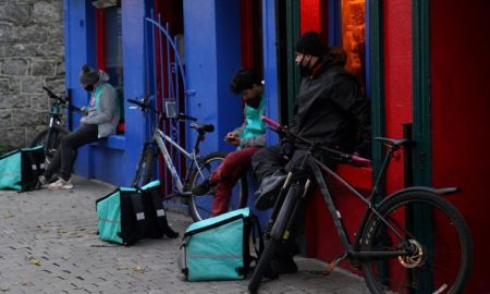 A side of shares: Deliveroo to offer 50 million pounds of stock to customers