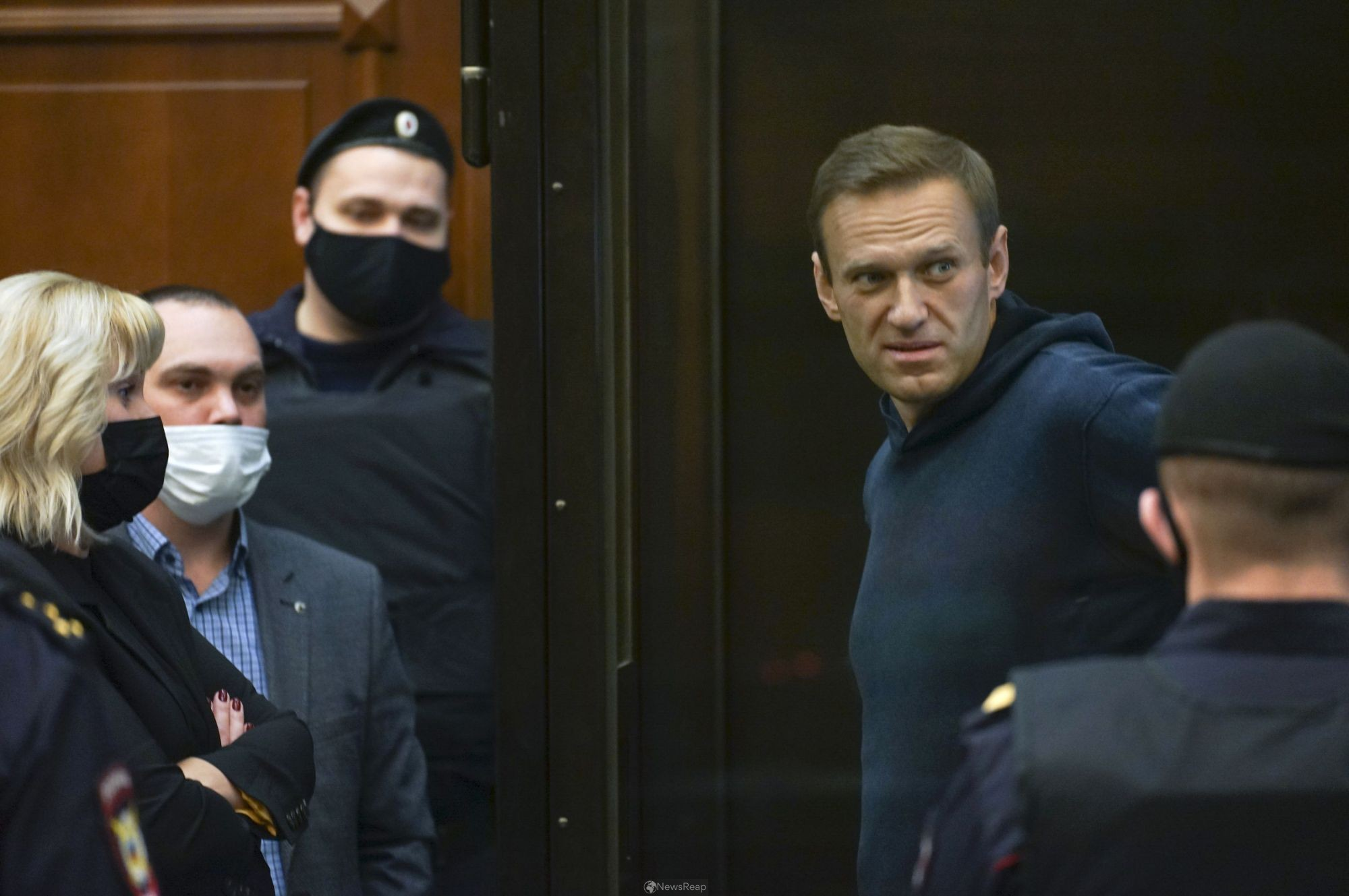Kremlin critic Alexei Navalny says he is at strict prison camp outside Moscow