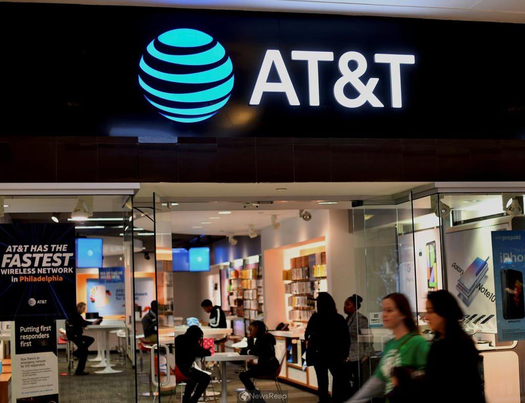 AT&T beats revenue estimates as reopening helps phone sales