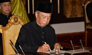 Malaysia new prime minister brings graft tainted party back to power