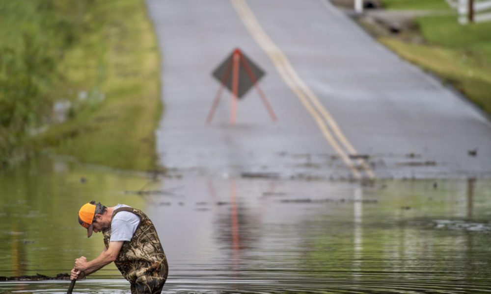 At least 10 killed, dozens missing in flash floods in US state of Tennessee